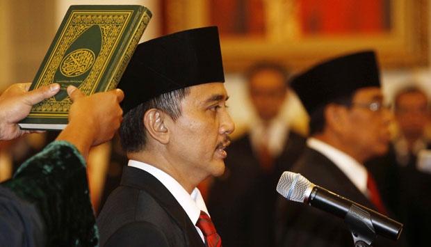 Roy Suryo Menpora, SBY Dipertanyakan